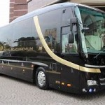 10名乗りの超高級バスに乗る、明確な稼ぐ理由が重要